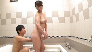 Gorgeous Japanese woman dazzles with her irresistibility