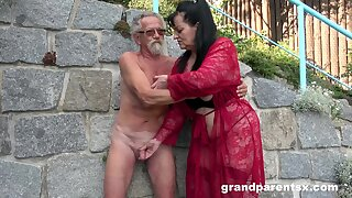 Young girl joins a much-older daring lady for a public fourway charge from