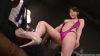Hachino Tsubasa makes her friend hornier than ever with her skills